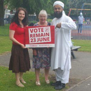 Councillors vote remain